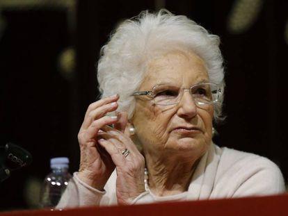 A senadora Liliana Segre em um ato sobre o Holocausto, em janeiro de 2018.