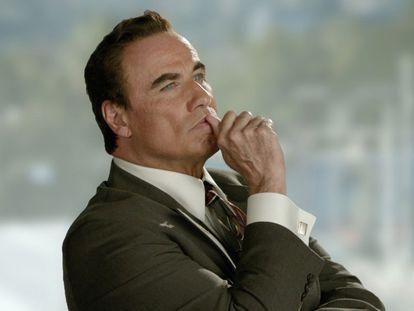 A última foto do ator, caracterizado como Robert Shapiro, para a série 'American Crime Story'.