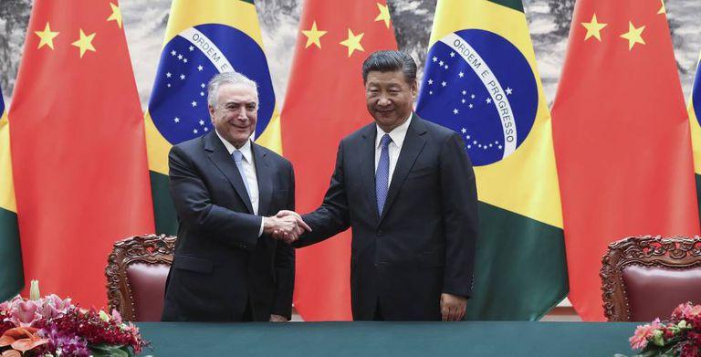 Michel Temer em Pequim com o presidente chinês, Xi Jinping.