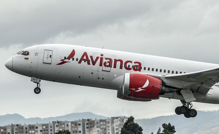 Avião da Avianca no aeroporto El Dorado, em Bogotá.