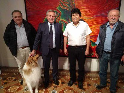 Encontro entre o ex-presidente boliviano Evo Morales e o mandatário argentino, Alberto Fernández, na segunda-feira à noite, na residência presidencial de Olivos.