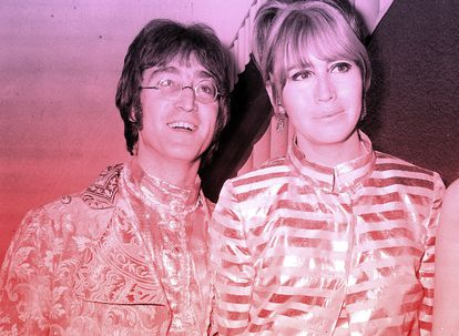 John Lennon e sua esposa Cynthia no aeroporto Heathrow, em Londres, em meados de 1968.