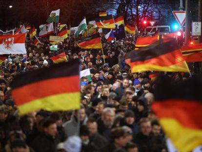 Marcha do Pegida em Dresden.