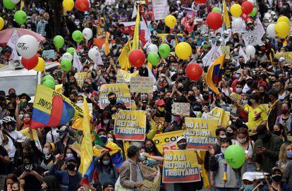 Protesto em Bogotá em 28 de abril contra a reforma tributária promovida pelo presidente da Colômbia, Iván Duque.