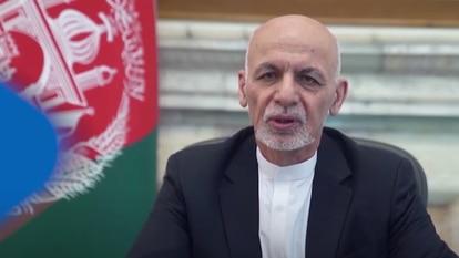 Captura de tela de Ashraf Ghani, durante um discurso na TV afegã, em 14 de agosto.