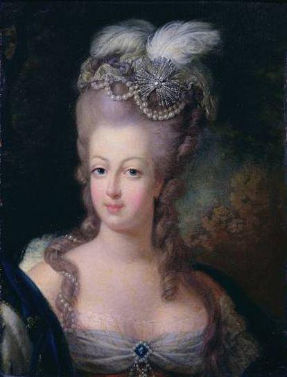 Assim Maria Antonieta foi retratada em 1775 por Jean-Baptiste André Gautier d'Agoty. Não faltam as joias, claro.