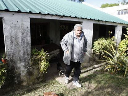 José Mujica, em sua casa na zona rural de Montevidéu.