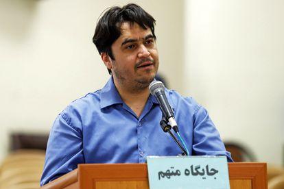 O ativista iraniano Ruhollah Zam, em uma das sessões do julgamento em que foi condenado à morte.