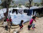 Niños en el campo de refugiados de Moria, en Lesbos (Grecia), el pasado noviembre.