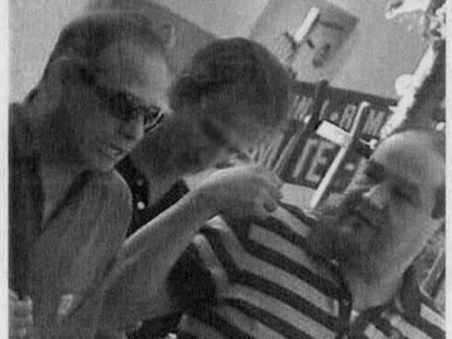 uan Manuel Muñoz (à esq., de óculos), numa reunião em Madri gravada pela polícia.