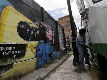 Homenagem a Espinosa na Cidade do México.