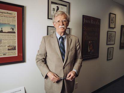 John Bolton, em seu escritório em Washington, na terça-feira da semana passada.