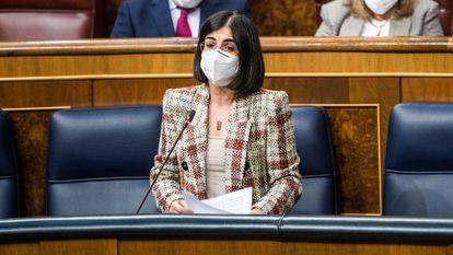 Ministra da Saúde, Carolina Darias, nesta quinta-feira na Câmara.
