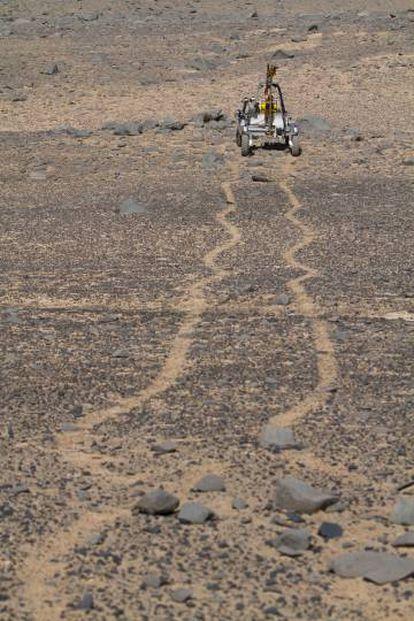 Marte? Nada disso: um jipe da NASA no deserto do Atacama.