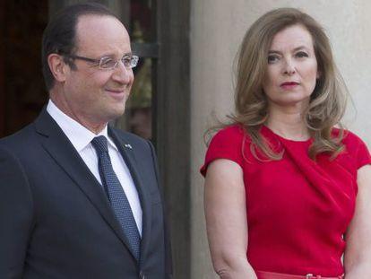 Francois Hollande e sua mulher, Valerie Trierweiler, em 2013.