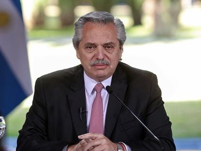 O presidente da Argentina, Alberto Fernández, anuncia a prorrogação da quarentena, em 17 de julho.