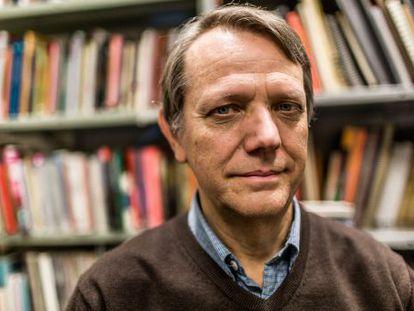 André Singer, em sua sala na Universidade de São Paulo (USP).