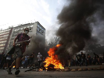 Protestos na última sexta-feira em Santiago.