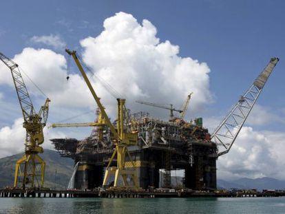 Plataforma da Petrobras em Angra dos Reis (RJ).