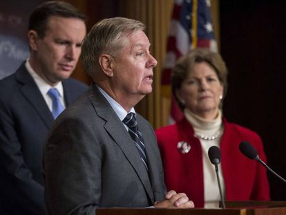 O senador republicano Lindsey Graham na quarta-feira, em uma conferência de imprensa no Capitólio.