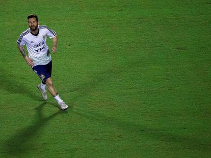 Messi durante um treino da Argentina.