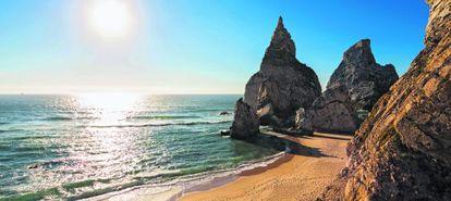 Vista da praia de Ursa, em Portugal.