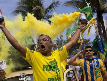 Apoiadores de Bolsonaro.
