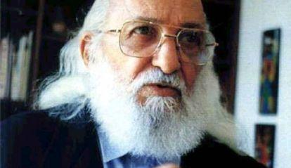 Uma imagem sem data de Paulo Freire.