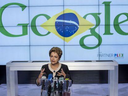 Dilma Rousseff discursa na sede do Google, em São Francisco, no último dia da viagem aos Estados Unidos.