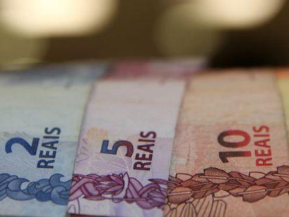 O Brasil, que tem um grande déficit fiscal, vai ter uma queda de 2,5% no PIB em 2016, de acordo com o Banco Mundial. EFE / Arquivo