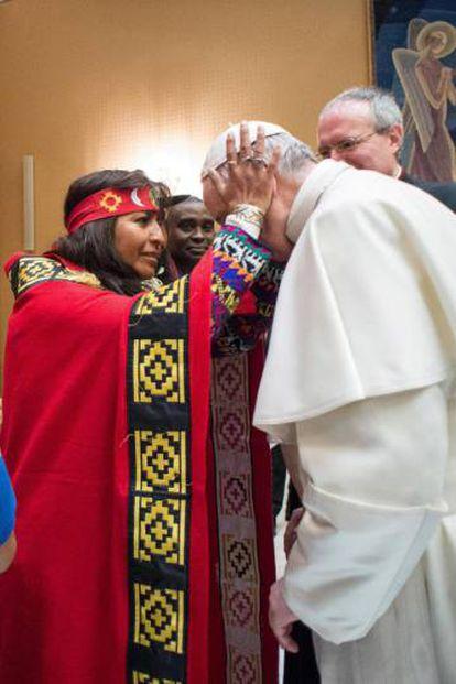 Visita de índios mapuches ao Vaticano em fevereiro de 2017