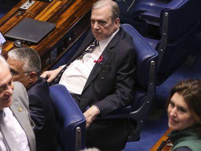 Senador Tasso Jereissati, relator da reforma da previdência na CCJ, durante a votação do projeto, nesta terça.