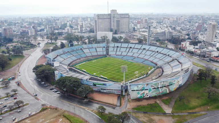 O lendário Estádio Centenario, em Montevidéu, onde foi disputada a primeira final mundial, em 1930, completa 90 anos.