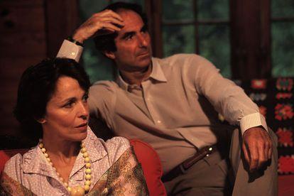Philip Roth e Claire Bloom em sua casa de Connecticut, em 1983.