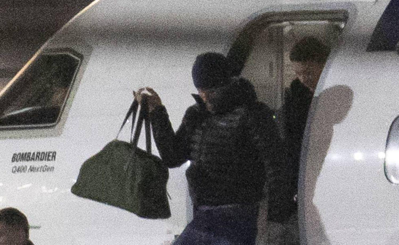 A chegada do príncipe Harry em Vancouver.