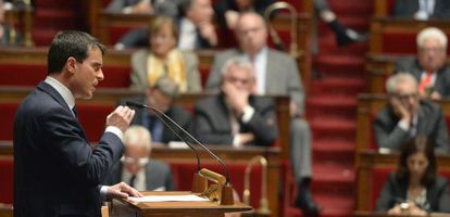 Manuel Valls durante seu discurso na Assembleia Nacional em Paris.