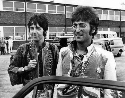 Paul e John, uma rivalidade que acabou com os Beatles.