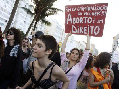 Participantes da Marcha das Vadias, no ano passado em Copacabana.