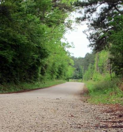 Trecho da estrada de Jasper por onde James Byrd foi arrastado até morrer.