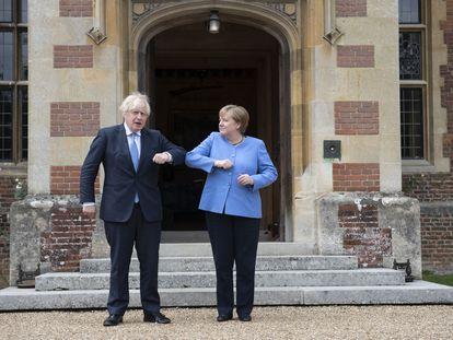 Boris Johnson recebeu nesta semana Angela Merkel na residência oficial de Chequers.