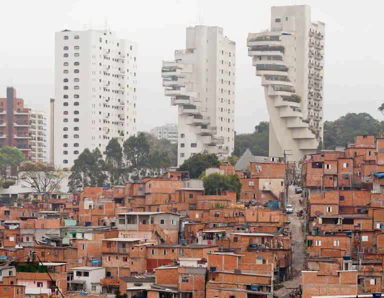 Foto do bairro de Paraisópolis, em São Paulo.
