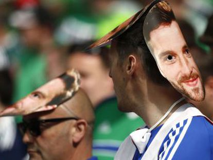 Will Grigg, da Irlanda do Norte, protagoniza o hit musical do torneio continental