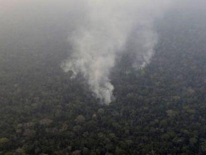 Irlanda também ameaça bloquear o tratado se o Brasil não proteger a Amazônia dos incêndios. Merkel quer tema na agenda do G7