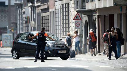 Dois policiais e um transeunte mortos num tiroteio em Liège, na Bélgica