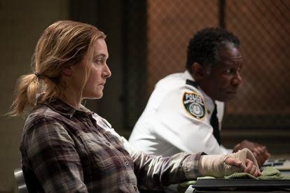 Kate Winslet, em uma cena do último capítulo de 'Mare of Easttown'.