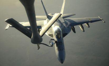 Avião de combate F-18E Super Hornets.
