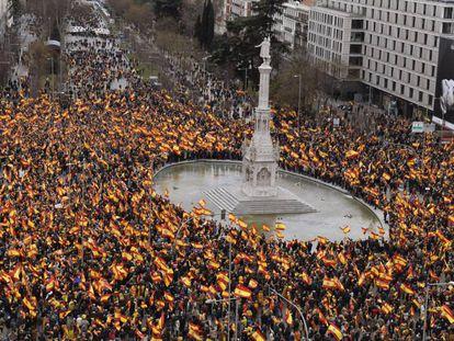 Manifestação na praça Colón de Madri, neste domingo.