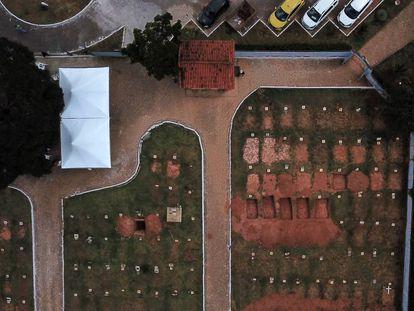 Vista aérea do Cemitério Parque das Rosas, em Brumadinho.