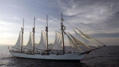 O barco escola 'Juan Sebastián Elcano', em Canárias, em 2007.