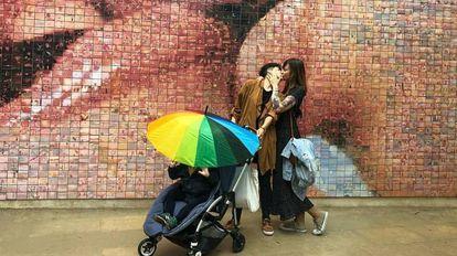 Álex, Jana e Verónica, em uma imagem do perfil de Instagram Oh Mami Blue.